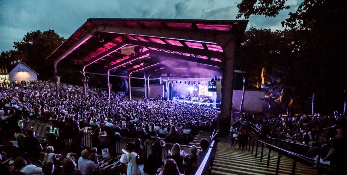 Meadow Brook Amphitheatre - Rochester Hills, MI